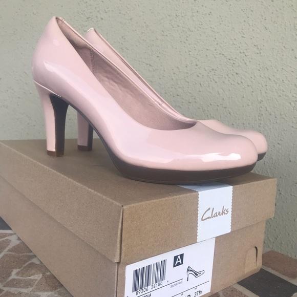 a2ce52f89f3 Clark's Adriel Viola Size 7 Dusty Pink Heels